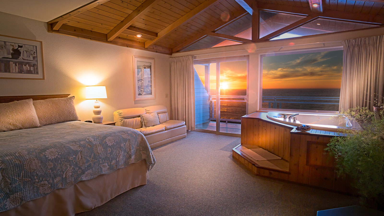 hotel rooms Accommodations Deluxe Spa Suite 1
